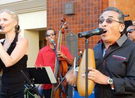 Yari Moré Latin Band